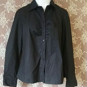 NWT. Women's button up blouse